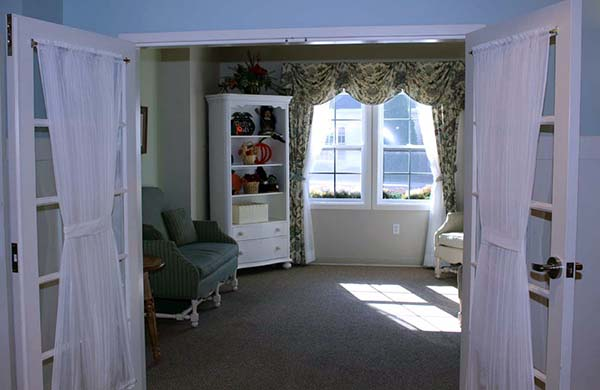 Comfortable areas to relax and receive visitors in our dedicated memory care communities